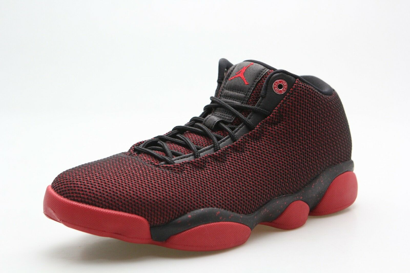 845098-001 Jordan Men Horizon Low Black Gym Red