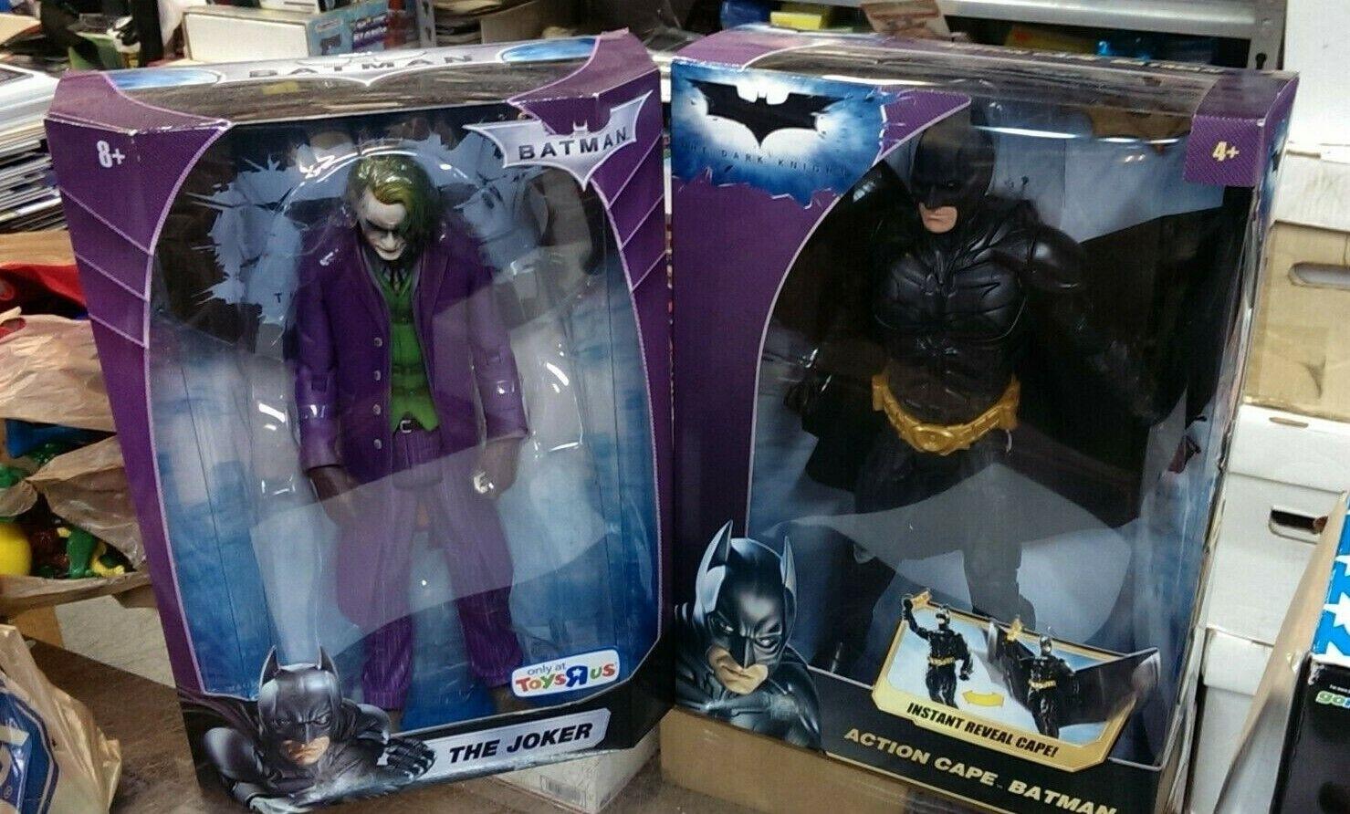 2   Batman 12in Instant Reveal Cape & Joker 12in Figures ToysRUs Exclusive - NEW