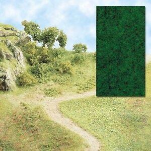 Busch-7110-Grasflocken-Dark-Green-Contents-20g-100g-11-00-Euro