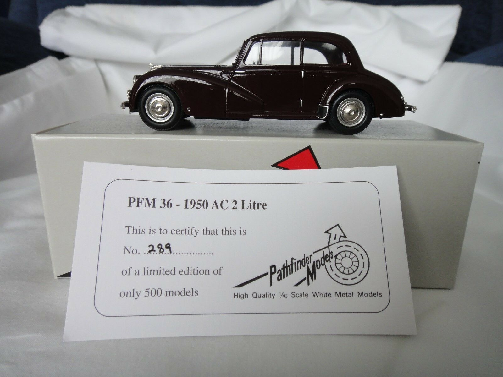 PATHFINDER MODELS 1 43 SCALE - PFM36 1950 AC 2 LITRE + ORIGINAL BOX