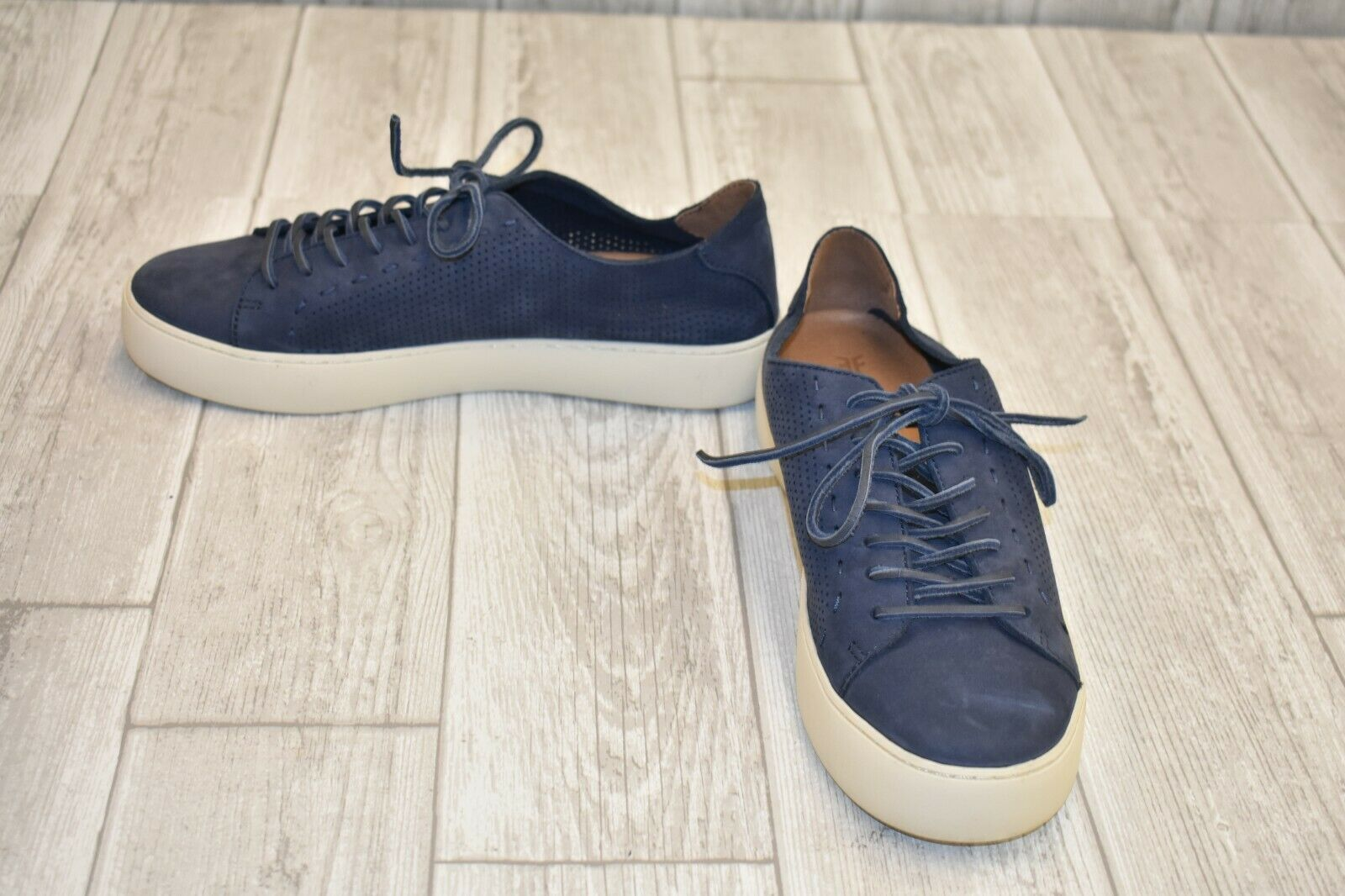 Frye Lena Perf Low Lace Sneaker - Women's Size 8.5M, Indigo