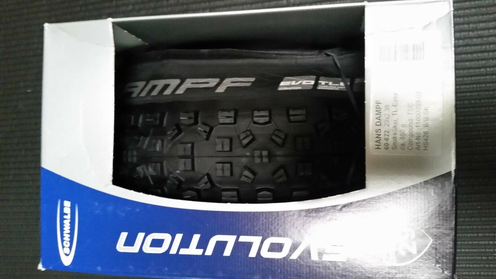 Schwalbe Hans  Dampf  29 X 2.35 Snakeskin TL-Easy Trailstar Compound  authentic quality