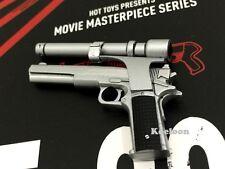Hot Toys 1/6 Scale MMS238 Terminator T800 Battle Damaged Arnold PISTOL W/ SCOPE