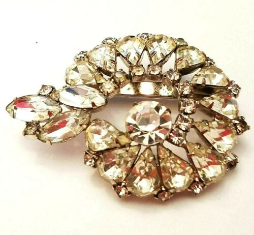 Round diamante brooch necklace Rhinestone bling necklace Vintage brooch necklace Rhinestone brooch necklace Bling brooch necklace