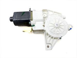 Fensterhebermotor-Links-Hinten-fuer-Dodge-Journey-08-10-147TKM-0130822475