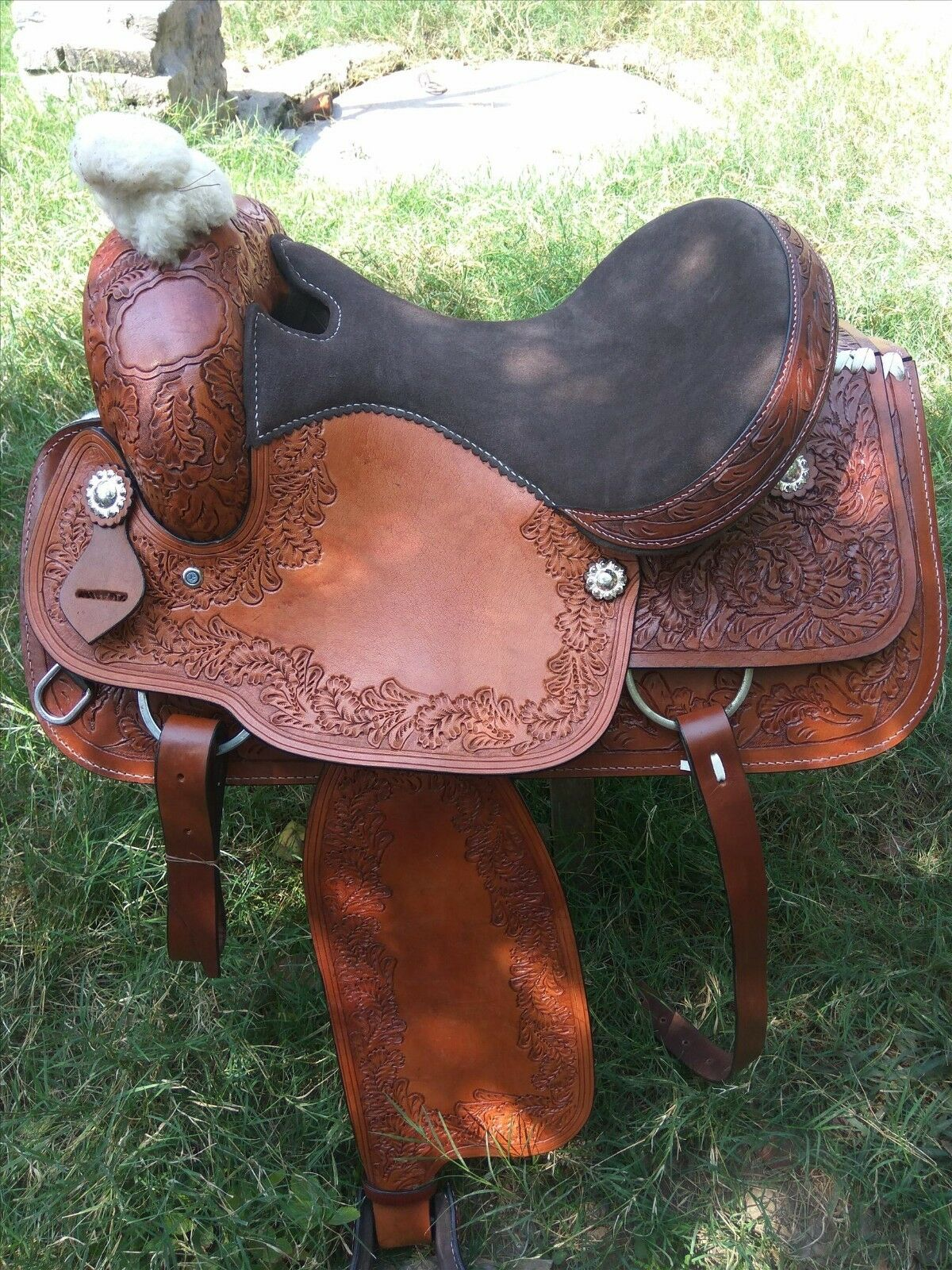New  western Brown leather saddle size 14, 15, 16 inch  honest service