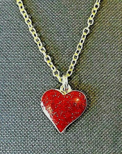 """Red Heart Enamel Pendant Necklace ~ 20/"""" Chain ~ Only £3.75 ~ UK Post FREE"""
