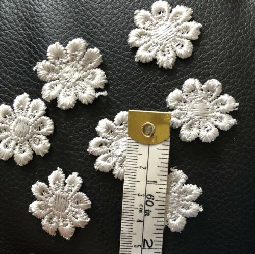 30 Silver Guipure Daisy Motif Crafts Sewing Scrap Book Cards Buy 3 Get1Free 25mm