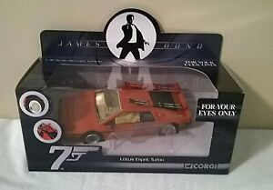 CC04704-James-Bond-007-solo-para-tus-ojos-034-Lotus-Esprit-Turbo-1-36-Corgi
