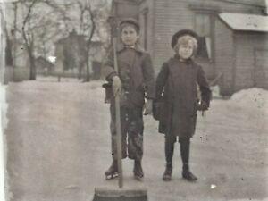 c-1900-Ice-Skating-Children-Broom-Antique-Photo-Glass-Plate-Negative