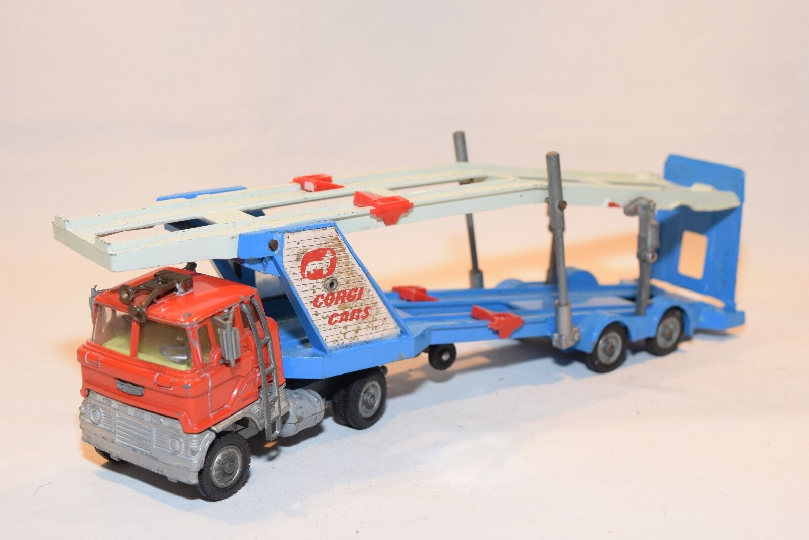CORGI TOYS 1138 FORD TILT CAB H SERIES CAR CARRIER AUTO TRANSPORTER EXCELLENT