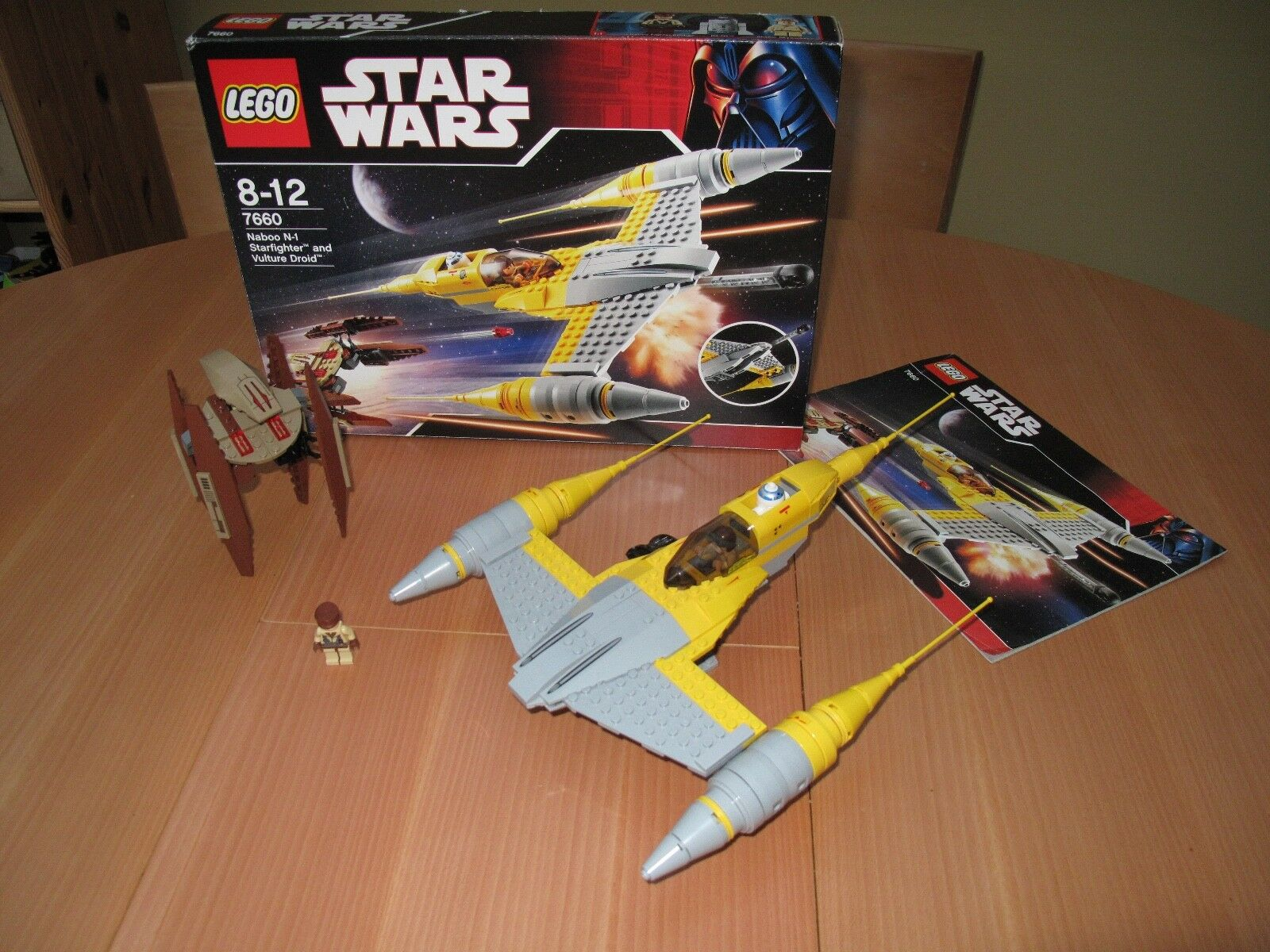 LEGO Star Wars Naboo N-1 Starfighter with Vulture Droid (7660)