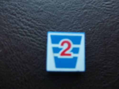 Lego-3068-tile 2x2   with decoration sticker x1