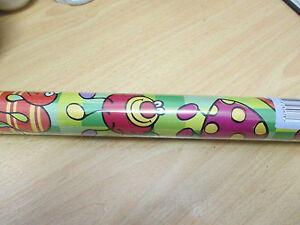 rouleau papier cadeau  neuf  70 cm x 2 mètres enfants