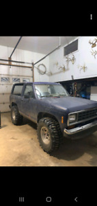 1986 ford bronco 2