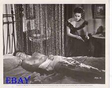Rock Hudson barechested, Yvonne De Carlo Scarlet Angel