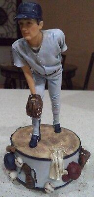 "Baseball-other 1999 America's Pastime ""fast Pitch"" Baseball Music Box Musical Figurine Fan Apparel & Souvenirs"