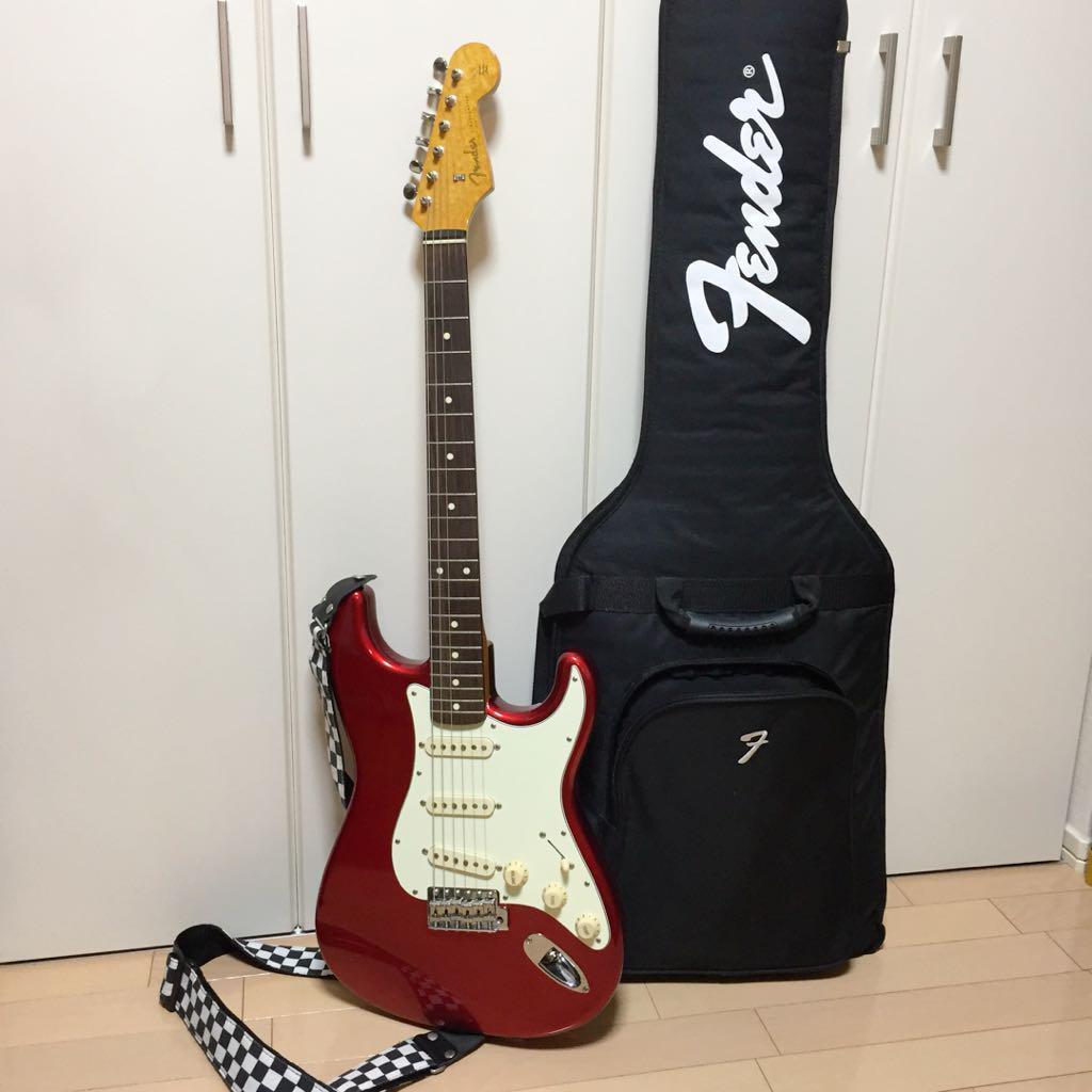 Fender JAPAN ST 62 CAR Japan vintage popular electric guitar rot Weiß EMS F S