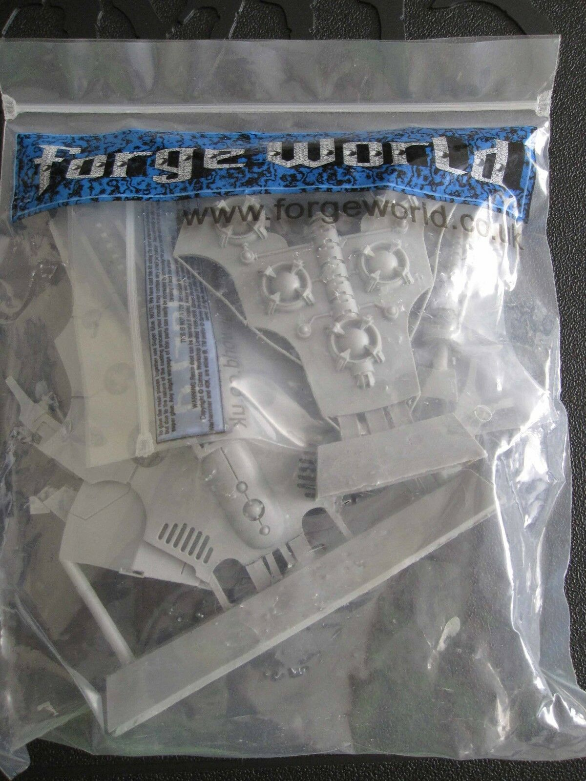 WARHAMMER 40,000 Forgeworld 40K Necrons Night shroud Bomber unassembled