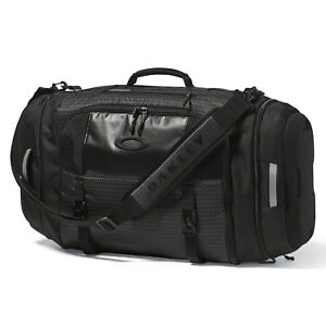 Oakley Link Duffle Carrying Case Sport Bag Turn