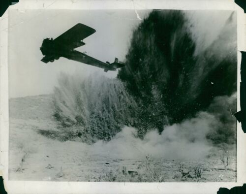 """8x10 photo A scene on the 1930 American war film /""""Hell/'s Angels/"""""""