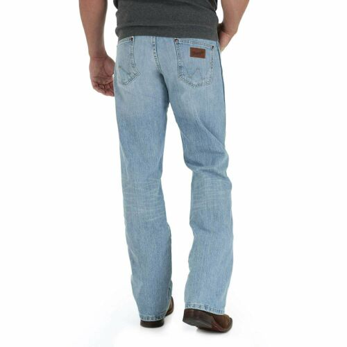 Crest Wrangler Men/'s Retro Relaxed-Fit Bootcut Jean WRT20CR