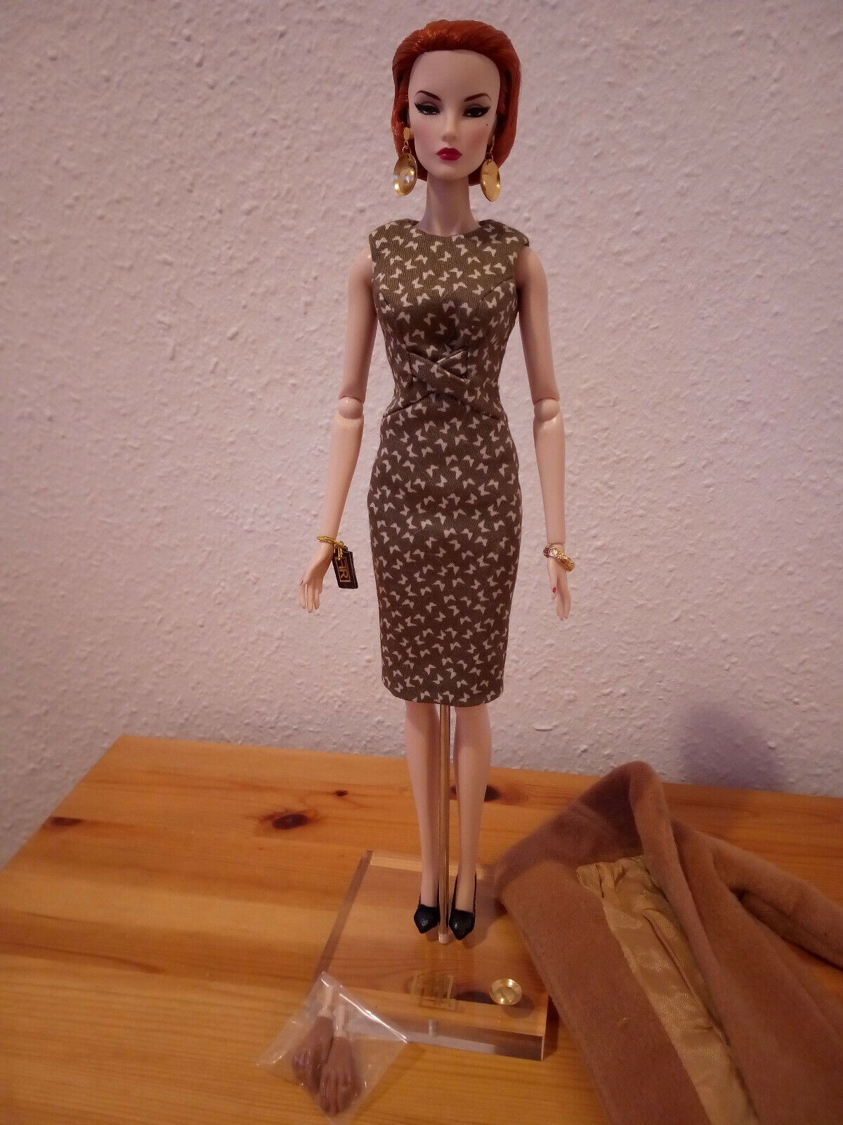 FASHION Royalty Elise Jolie Fine Print doll
