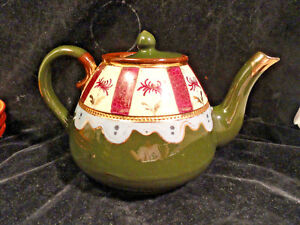 English-Pottery-Teapot-6-Cup-Green-Red-White-Blue-Small-Chip