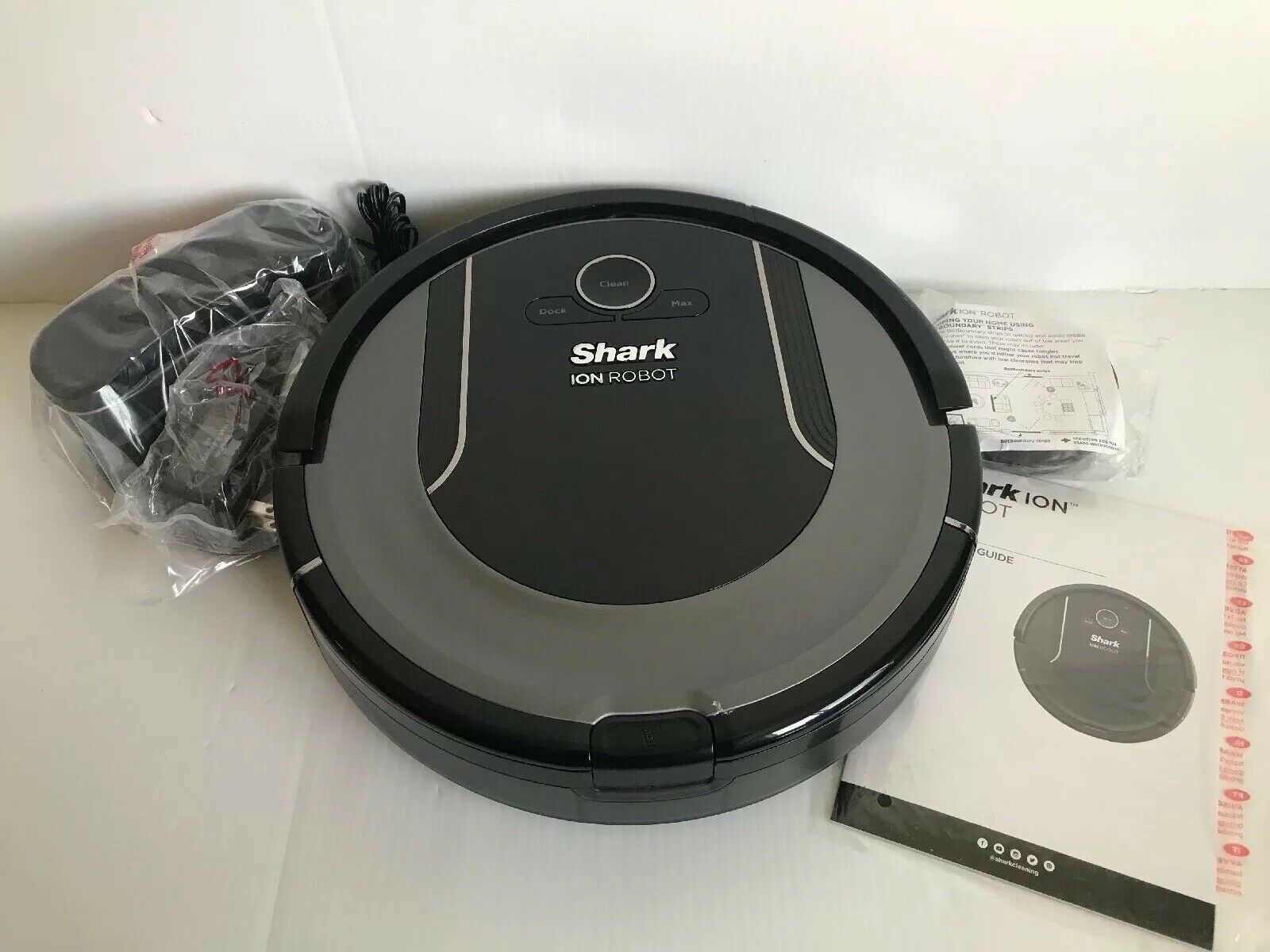 Shark ION R85 Robot Vacuum Cleaning System w  Google & Alexa Voice Control RV850