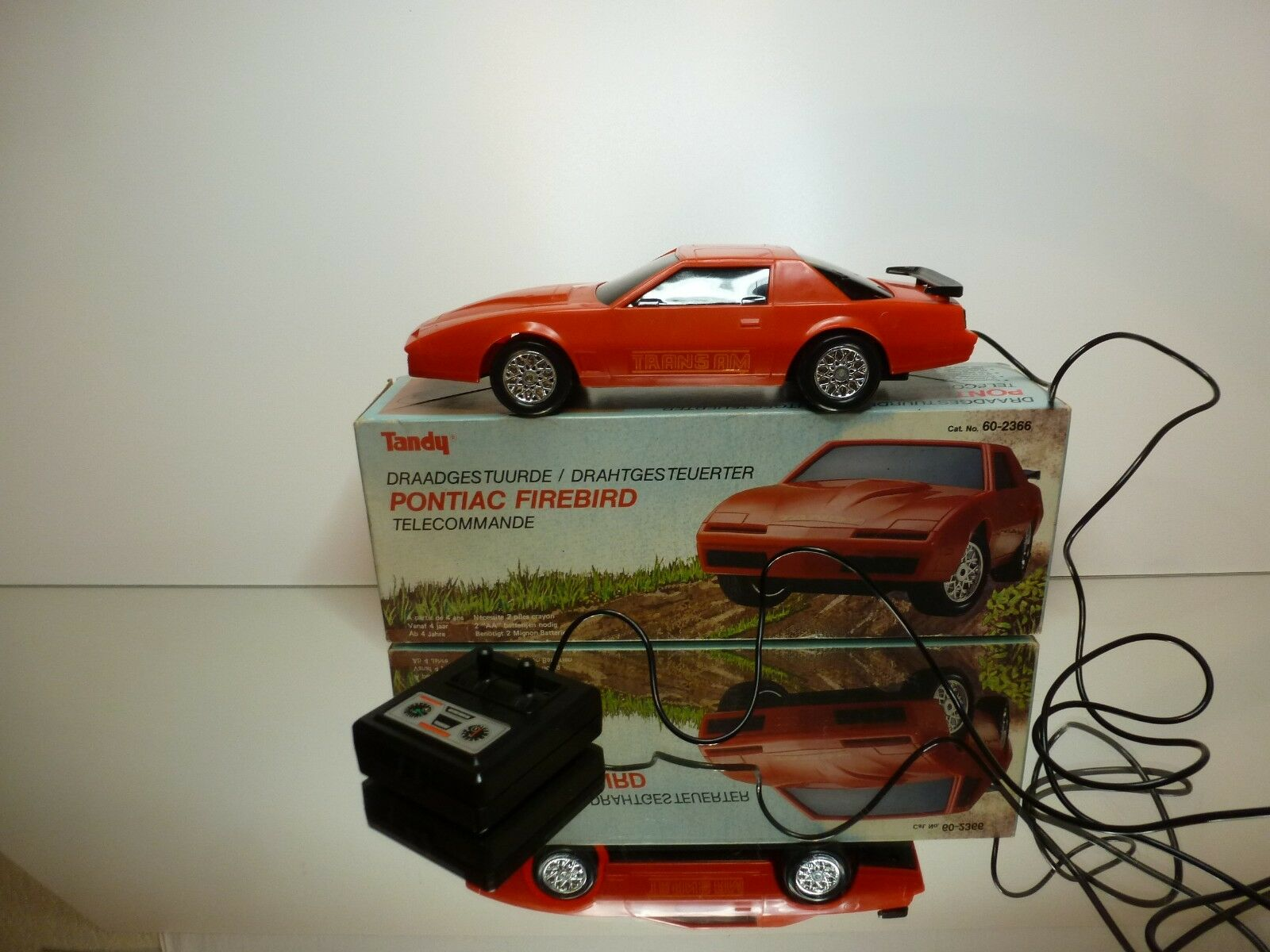 TANDY 60-2366 PONTIAC FIREBIRD - REMOTE CONTROL - rouge L26.5cm - GOOD  CONDITION