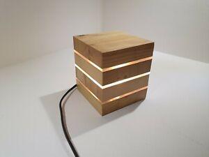 Lampada Led Artigianale Da Tavolo In Stile Moderno In Legno Massello Ebay