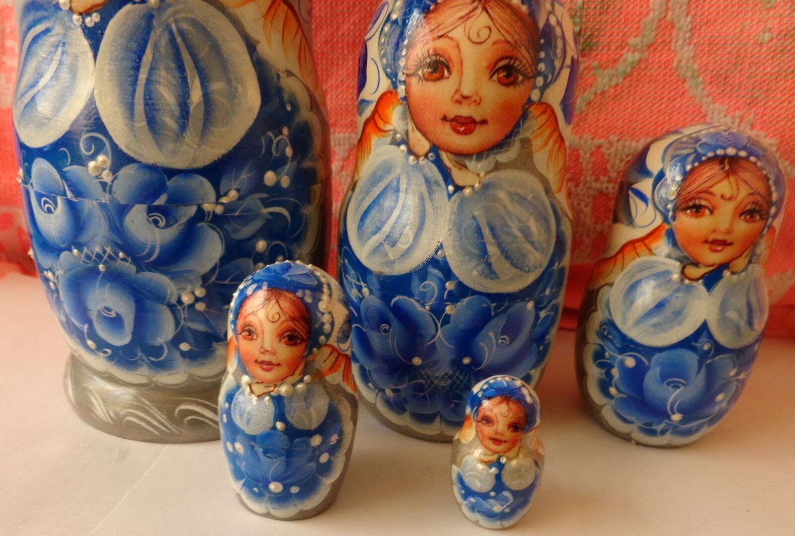Superb quality GZEL Blau  WOOD  WOOD  Hand painted  RUSSIAN NESTING DOLL 5  PCS  6.8