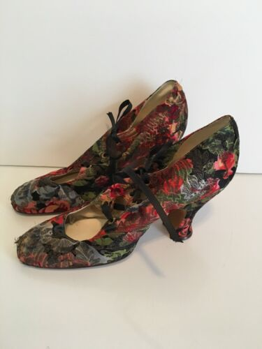 1920s Floral Brocade Shoes