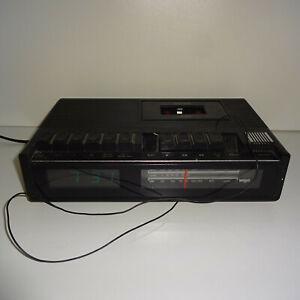Wigo-Kuechenradio-Radiowecker-70er-Modell-RCW-1-vintage
