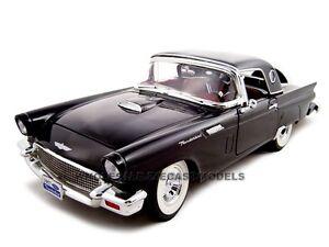 1957 Ford Thunderbird Black 1//18 Diecast Model Car by Road Signature