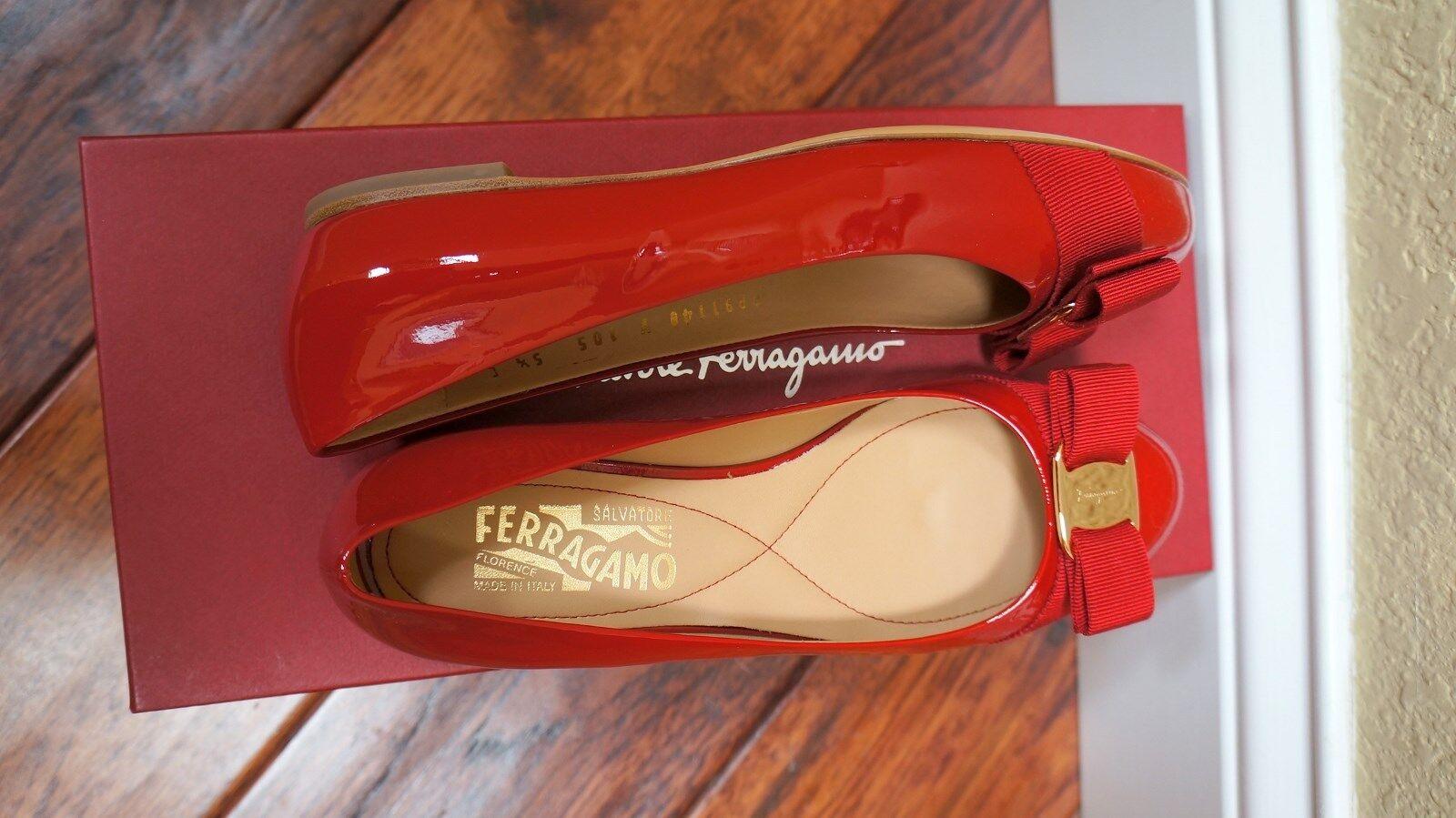 $600 Ferragamo ROSSO ROT/Gold Flats Flats Flats Bow NIB 5/5.5/6/6.5/7/7.5/8/8.5/9.5/10