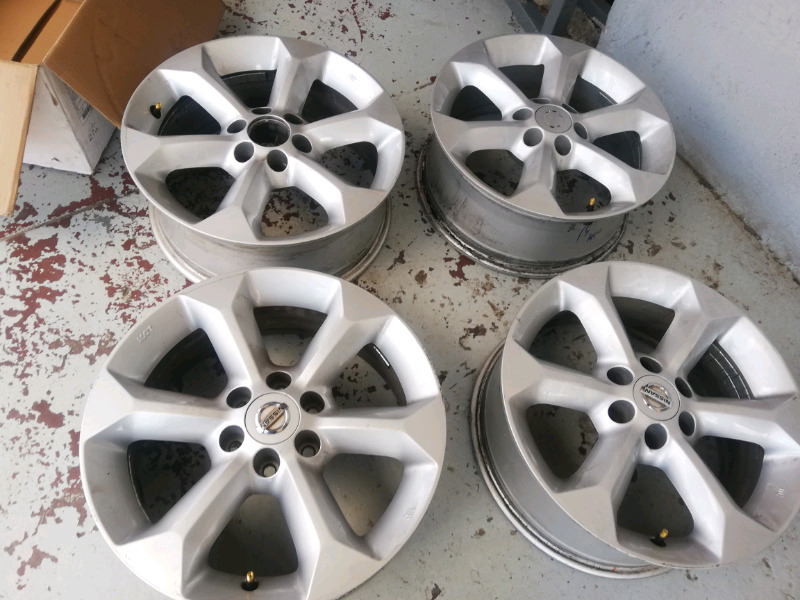 Navara original alloy mags size 17 set for sell 0677654232