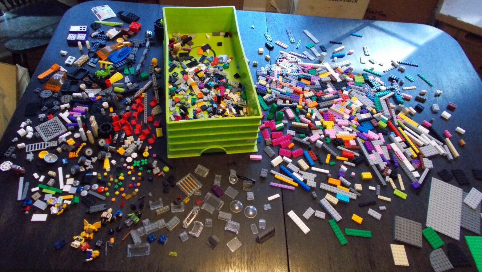 Lot Of 4 Lbs+ Lbs+ Lbs+ Bag Of Lego Friends Bulk Lego Parts W Lego Bin Storage Container a4edfb