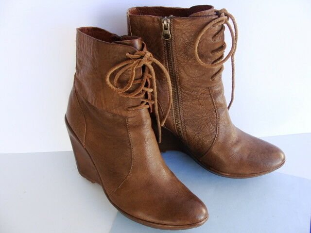 Kork-Ease The Original ALYSSA  Wedge Zip  Brown Leather Boots Size 9M PERFECT