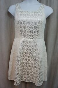 Jessica-Simpson-Dress-Sz-12-Champagne-Gold-Metallic-Lace-Fit-amp-Flare-Cocktail