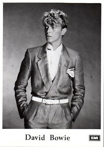 DAVID-BOWIE-PHOTO-PROMO-13cm-X-18cm-EMI-ARCHIVES-RARE