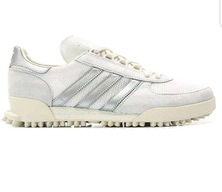 BNWB & Genuine adidas originals ® Marathon TR Crystal Weiß Trainers UK Größe 10