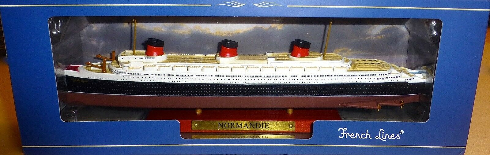 Normandy Ship Model Atlas French Lines New in Box 1 1250 Nip UI2 Μ