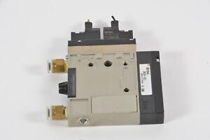 SMC ZM131H-K5LZ Vacuum System W/ 2X VJ114-5L0Z