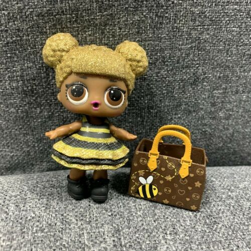 Ultra Rare LOL Surprise Doll Glitter Queen Bee Series 1 /& BAG dress collection