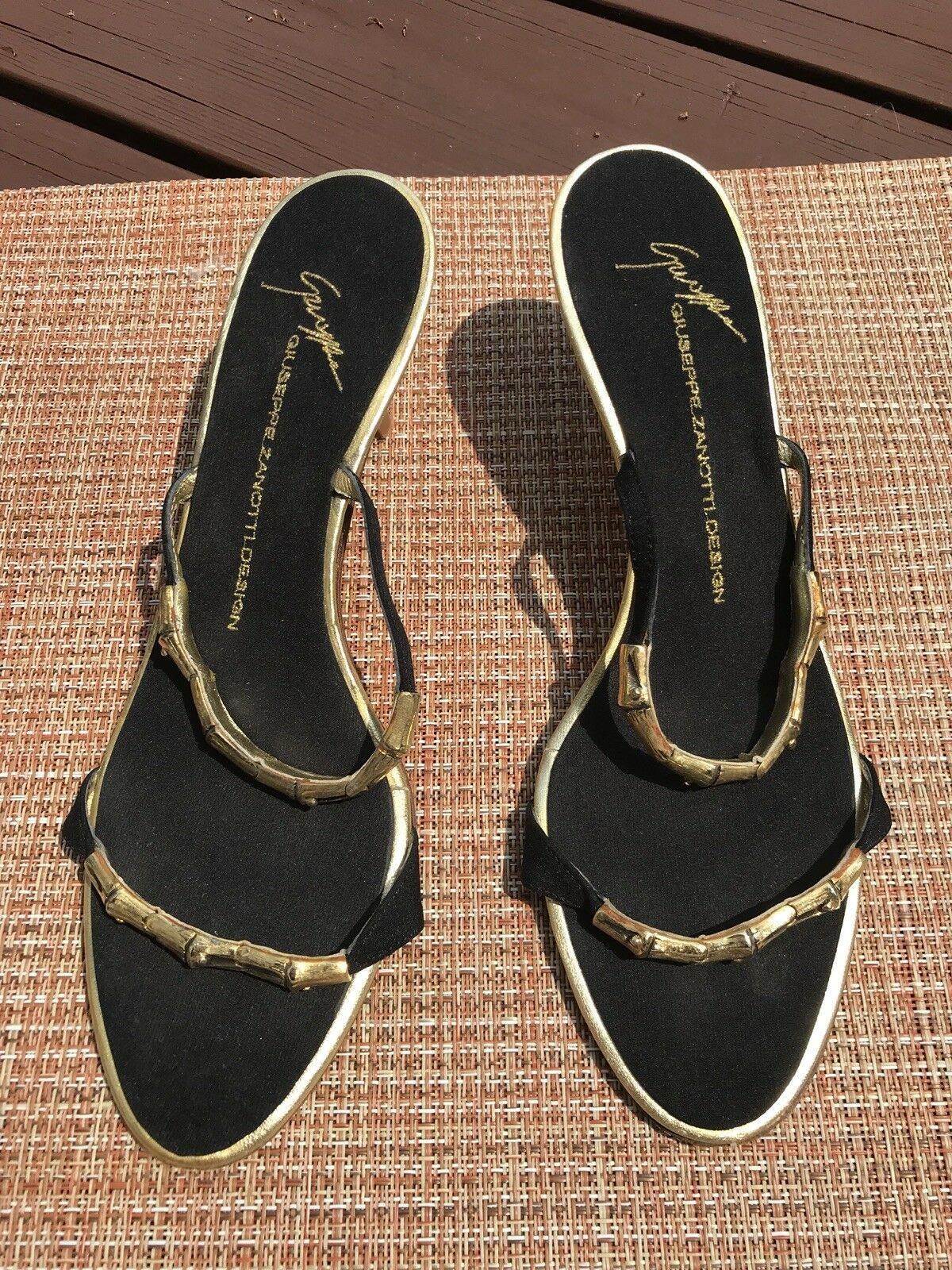 Giuseppe zanotti 39 Black Metallic gold gold gold Sandals fb1cca