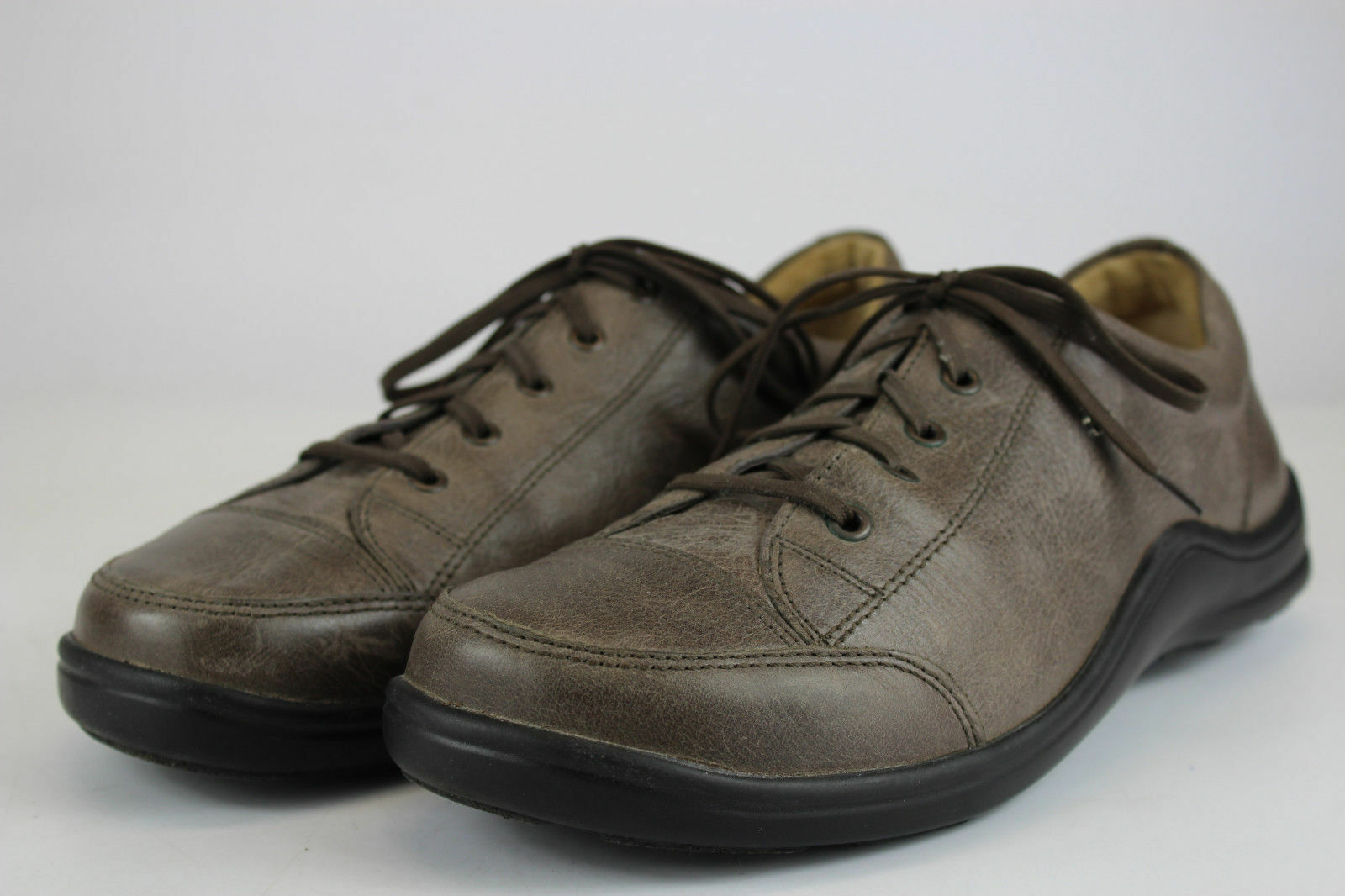 NEW ARRIVAL::FINN COMFORT-MENS- 8 - 8 1/2 US (42 EU ) Soho Model  S-18-W-72