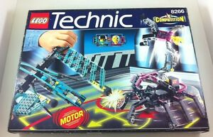 lego technic competition series with electric 9v motor great piece by lego 1998 ebay. Black Bedroom Furniture Sets. Home Design Ideas