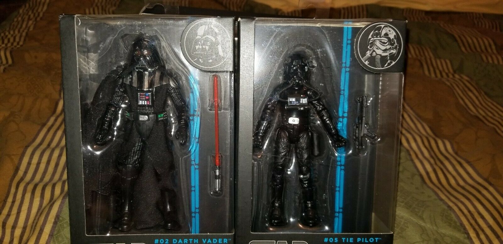 Star Wars The Black Series  05 Tie Pilot  02 Darth Vader (blueE LINE) -RARE