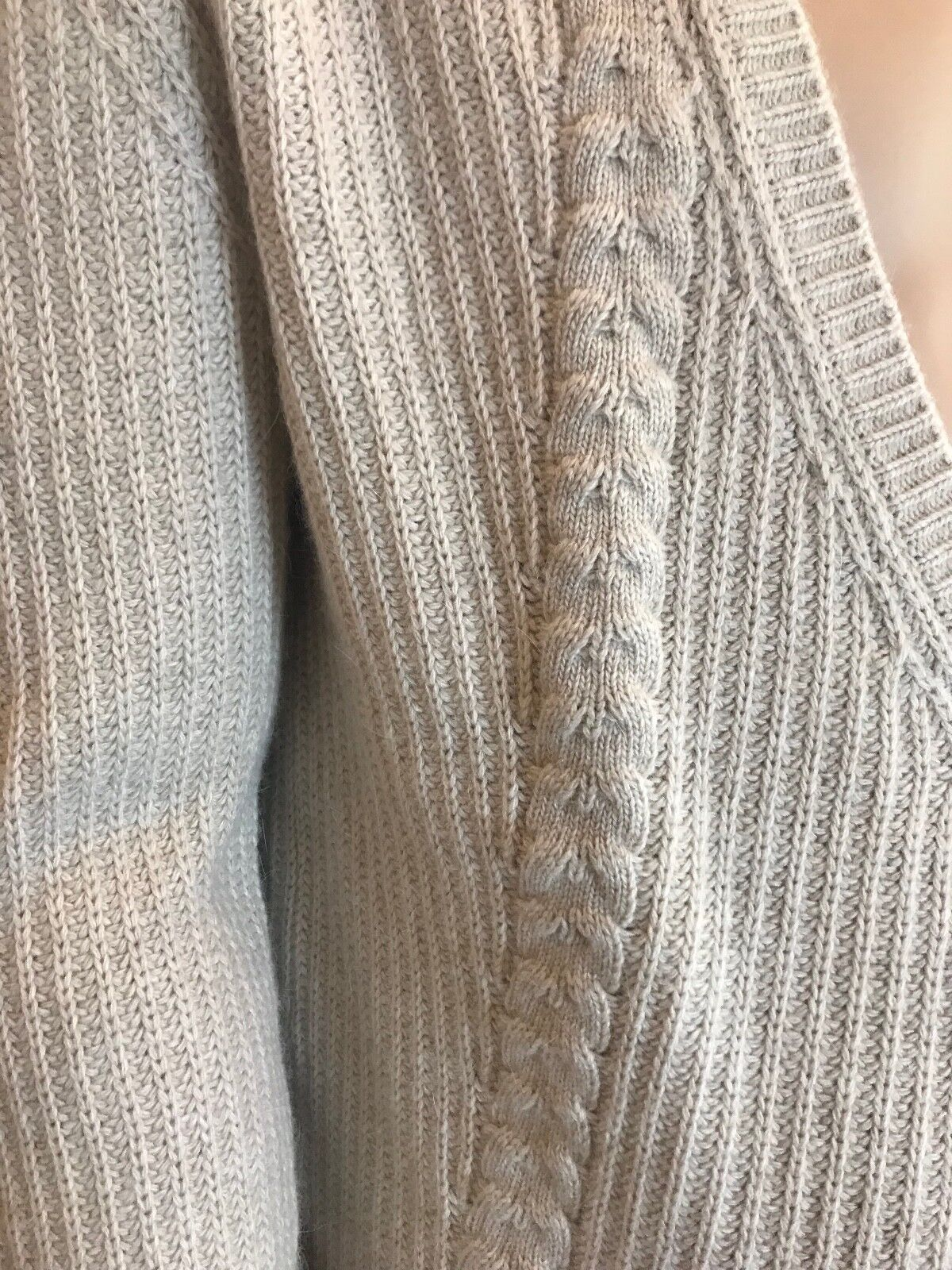 BNWT BNWT BNWT LACOSTE  Wool Cashmere Blend Cardigan Biscuit EU44 HALF PRICE   258f56